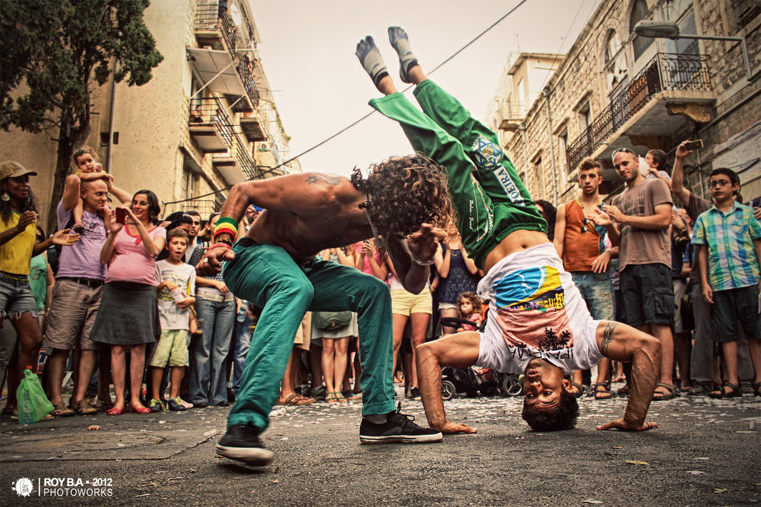 Capoeira / Photo Credit: Roy Ba