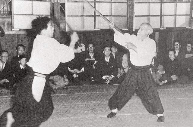 Morihei Ueshiba and Morihiro Saito demonstration