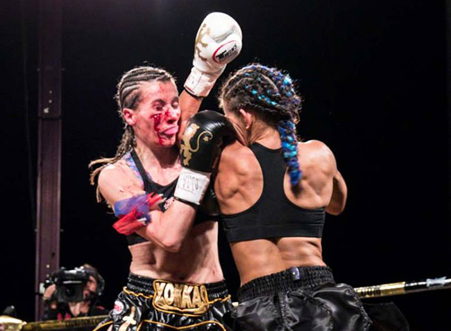 Tiffany Van Soest vs Bernise Alldis / Photo Credit: Bennie E. Palmore II