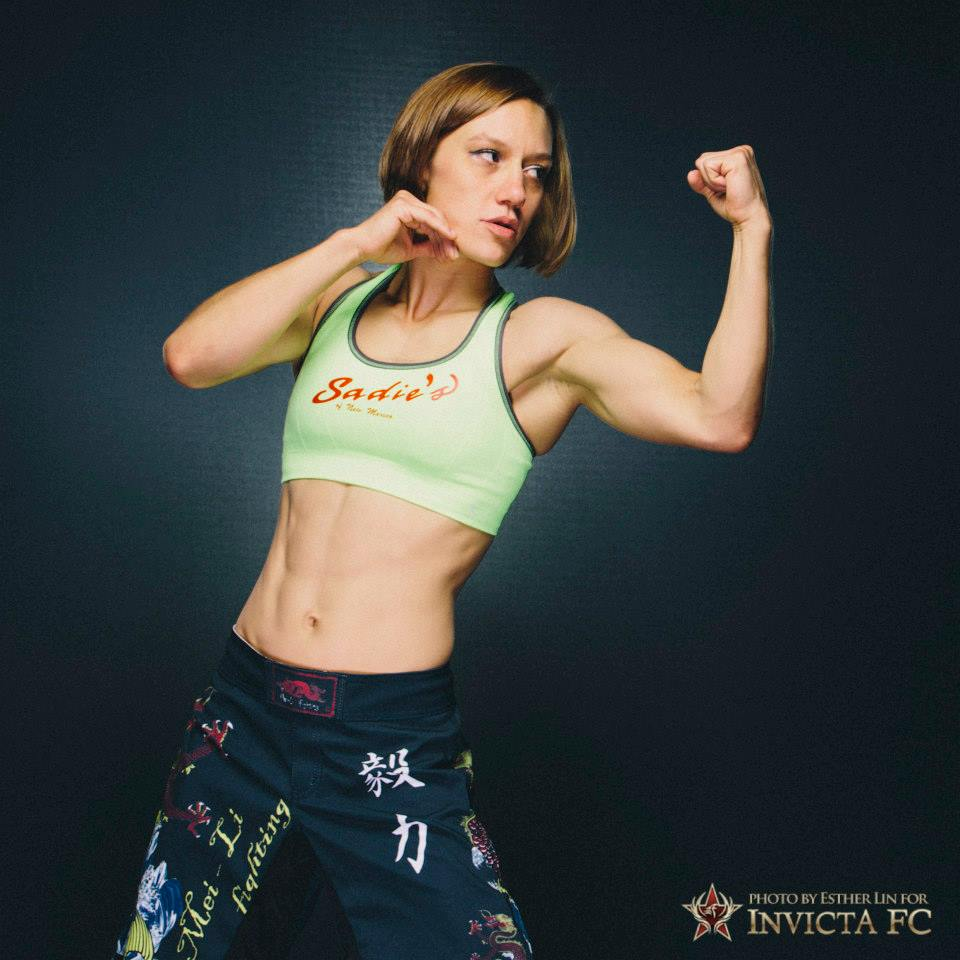 Amber Brown Portrait at Invicta FC13 by Esther Lin