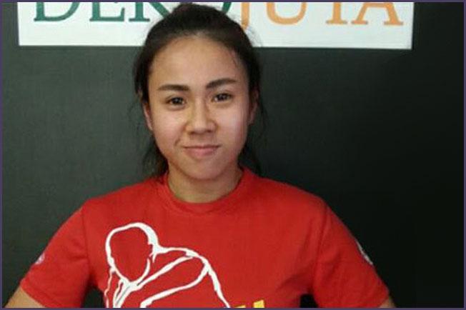 Gloria Hoong