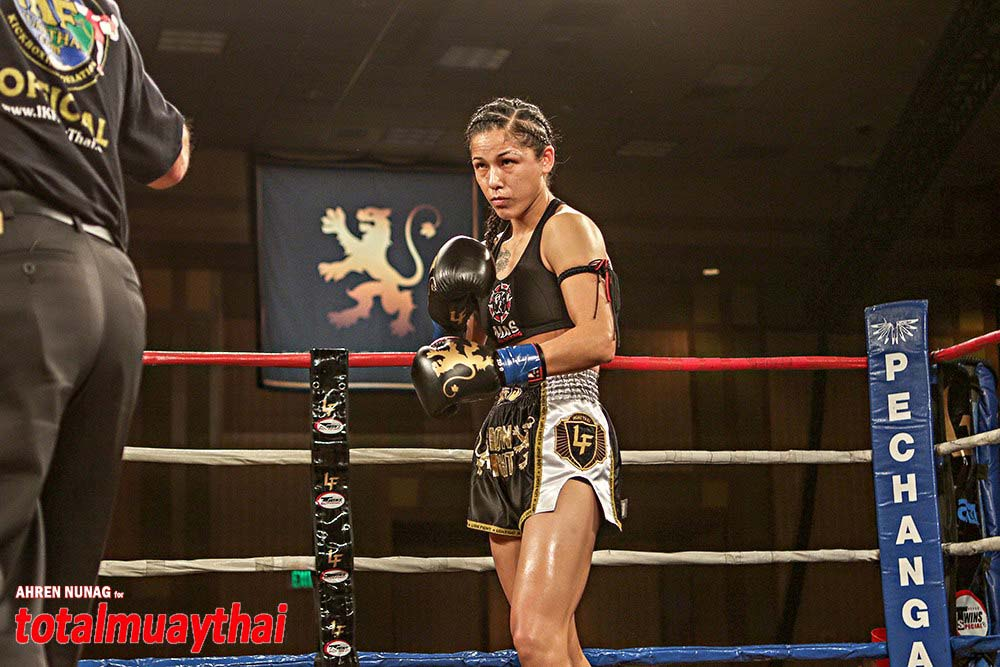 Amateur womens muay thai